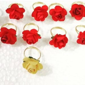 floral ring for giveaway